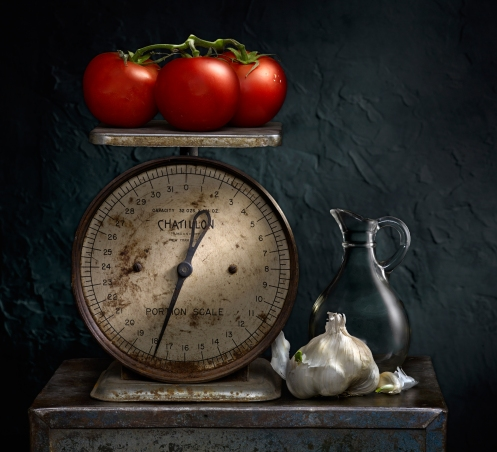 Harold_Ross_light_painted_image_tomatoes_scale