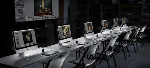 Photographer Harold Ross outfits his workshops with new iMac computers.